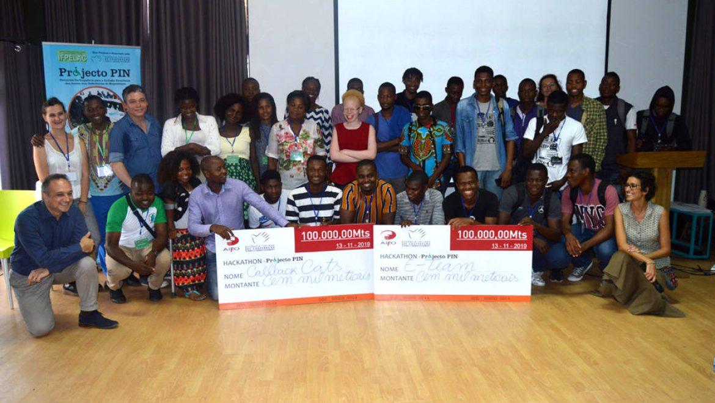 Premiação dos vencedores do Hackathon Projecto PIN-Espaço de Inovação